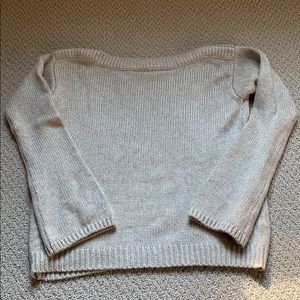 Cute sweater with details!